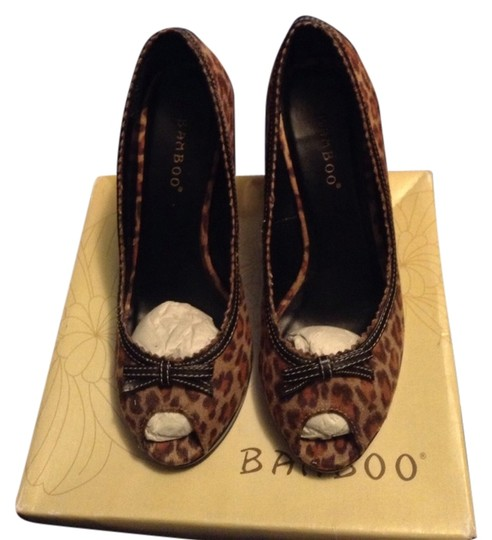Preload https://item2.tradesy.com/images/bamboo-leopard-print-wedges-848811-0-0.jpg?width=440&height=440