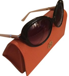 0bbfbf02d9d2 Grey Tory Burch Sunglasses - Up to 70% off at Tradesy