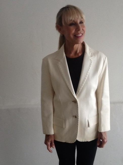 Jil Sander Great Blazer Style. Brown Topstiching. Creamy winter whiite Leather Jacket