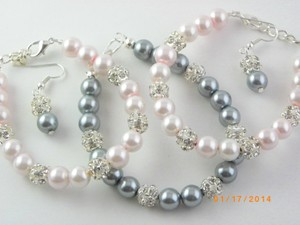 Set Of 6 Bracelet And Earrings Bridesmaid Grey Pearl Bridesmaid Bracelet Pink Pearl Bracelet Wedding Jewelry