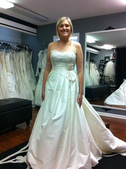 Casablanca couture b028 wedding dress on sale 64 off for Cb couture wedding dresses