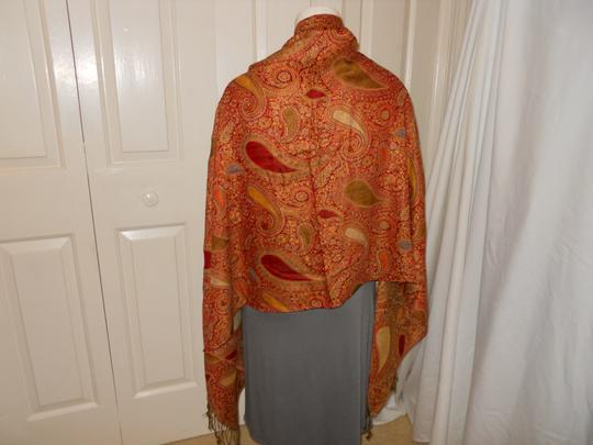 Other paisley fringed wrap Image 3