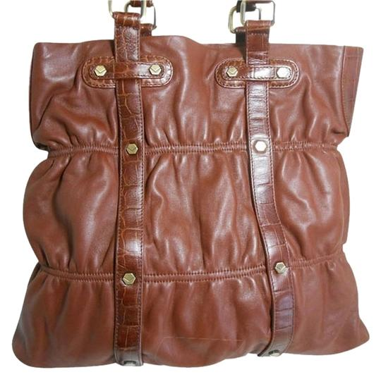 Preload https://img-static.tradesy.com/item/850879/via-spiga-large-rivit-and-strap-detaining-carmel-brown-leather-tote-0-0-540-540.jpg