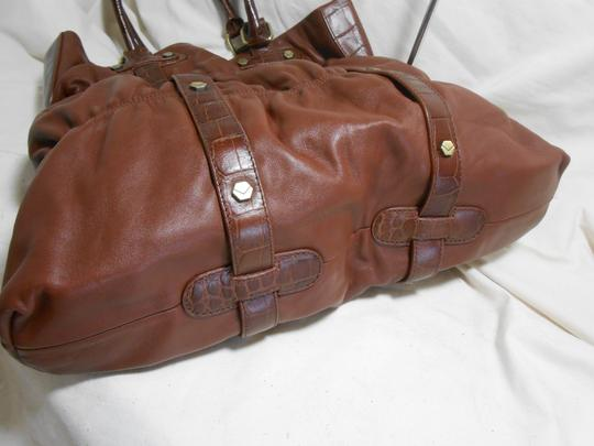 Via Spiga Shoulder Tote in Carmel Brown Image 4