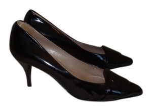 Hermes patent black Pumps