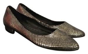 Naturalizer Black, Silver Flats