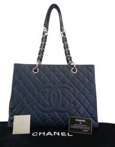 Chanel Gst Leather Tote in Blue