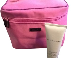 Burberry Burberry Pink with Plaid Trim Cosmetic Case & Burberry 3.3 Oz Shower Gel