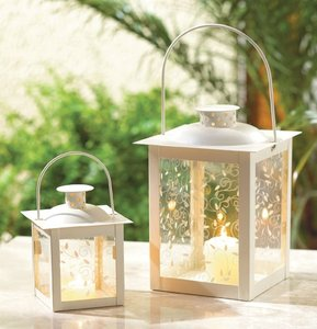 25 Small Ivory Glass Lanterns
