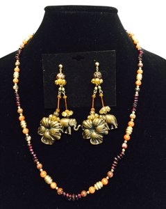 Genuine Coral and Garnet Vintage Necklace and Jeweled Earring ( Pierced & Non-Pierced Convertible Kit ) Set [ Roxanne Anjou Closet ]