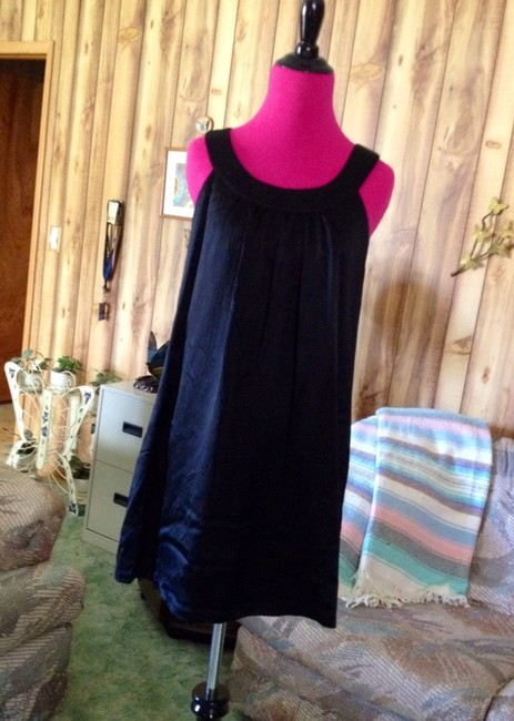 Betsey Johnson Designer Lbd Silk Textured Babydoll Classic Chic Date Girls Prom Weddings Short Sheath Gathered Flattering Cocktail Dress