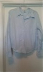 Old Navy Button Down Shirt Light blue