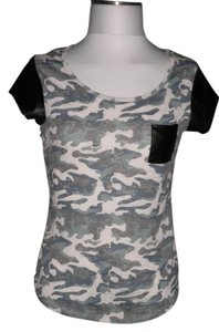 Derek Heart Top Camo/Black