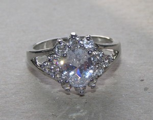 Special White Topaz Fashion Ring Free Shipping