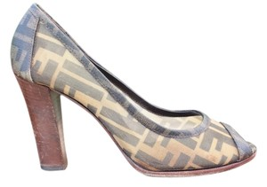 Fendi Zucca Plastic Mesh Brown Pumps
