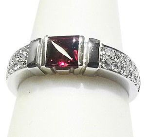 Di MODOLO Di MODOLO 18 Karat White Gold Ring With Diamonds & Rhodolite