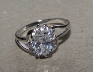 White Topaz Right Hand Fashion Ring Free Shipping