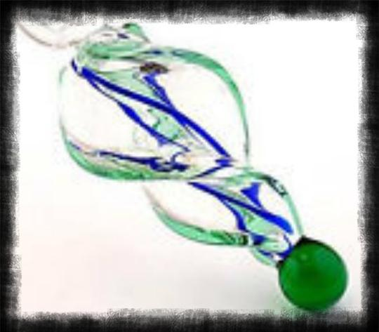 Murano Gorgeous Lampwork Glass Twisted Cut Necklace