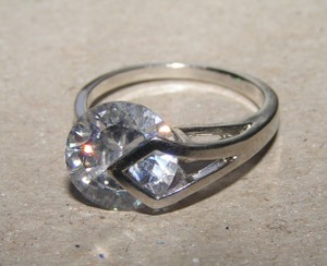 Free Float Setting Engagement Promise Ring Free Shipping