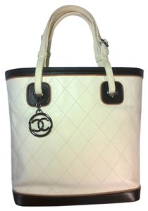Chanel Quilted Lambskin Lamb Skin Tote in Ivory Cream