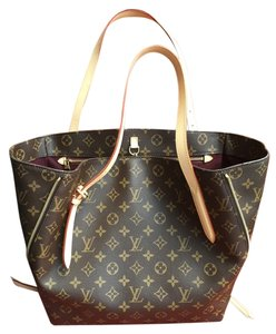 Louis Vuitton Voltaire Satchel in Brown