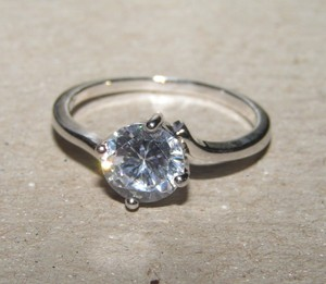 Solitaire Engagement Ring Free Shipping