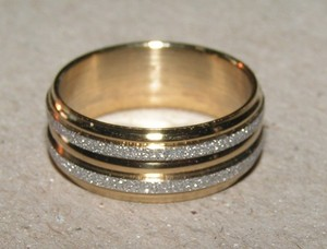 2 Tone Silver/gold Band Ring Free Shipping