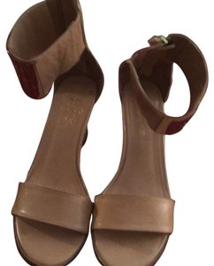 Fergie Camel Wedges
