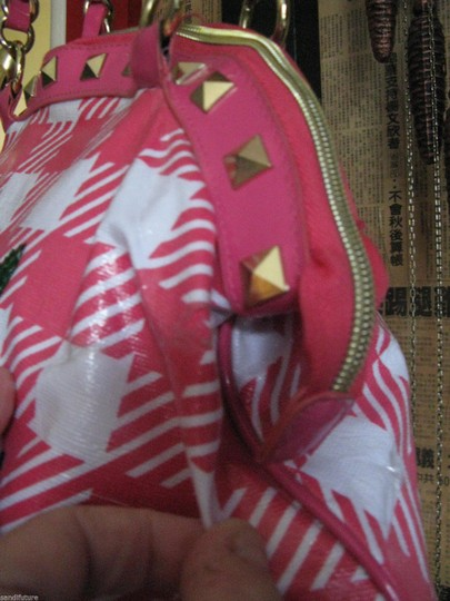 Betseyville Tote in Pink Image 3
