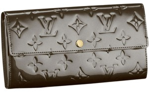 Louis Vuitton Louis Vuitton Sarah Wallet Vernis Monogram