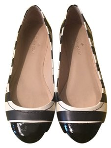Kate Spade Black and white leather/patent leather Flats