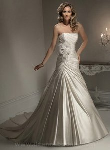 Maggie Sottero Cleo Wedding Dress
