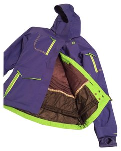 Scottevest Women's Outerwear