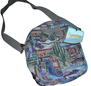 Roma Leathers Tapestry Lots Of Pockets Multicolor Travel Bag