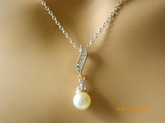 Cream White Of 5 Necklaces and Earrings Rose Gold Rhinestone Crystal Bridesmaid Bridesmaid Gifts Jewelry Set Image 5