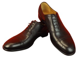 Gucci Black Betis Derby Leather Wingtip Perforated Oxfords 7 8