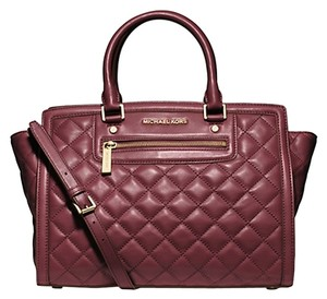 Michael Kors Satchel in Claret