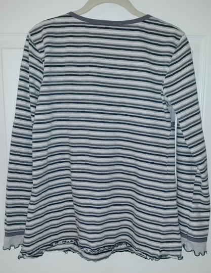 United Colors of Benetton BENETTON Large pajama top Image 4
