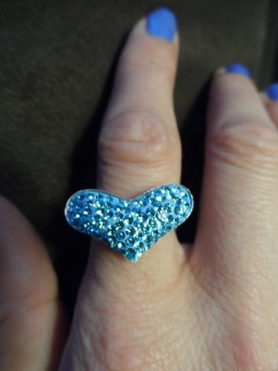 Unknown Light Blue Austrian Crystal Heart Ring