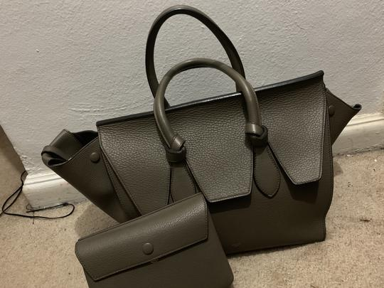 Céline Satchel in Army Green Image 7