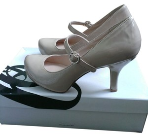 Nine West Mary Jane Silver Hardware Work Low Heel Hidden Platform nude Pumps