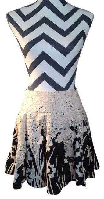 Forever 21 Skirt Black & White