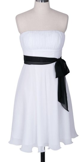 White Chiffon Strapless Pleated Bust W/ Sash Formal Dress Size 2 (XS)