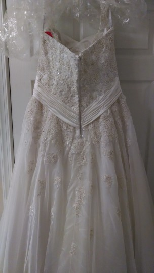 Essense of Australia Ivory Lace/Chiffon Formal Dress Size 10 (M)