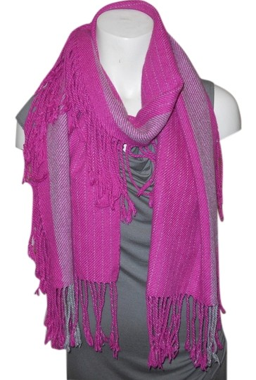 Preload https://img-static.tradesy.com/item/8564062/banana-republic-pink-and-grey-3-sided-fringe-scarfwrap-0-2-540-540.jpg