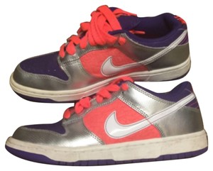 Nike Coral purple Athletic