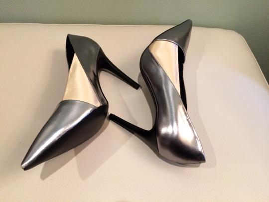 See by Chloé Silver Beige Pumps Image 4