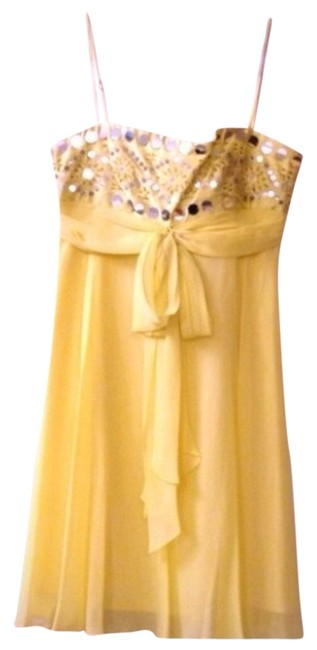 Preload https://item4.tradesy.com/images/bcbgeneration-yellow-formal-dress-size-4-s-857158-0-0.jpg?width=400&height=650