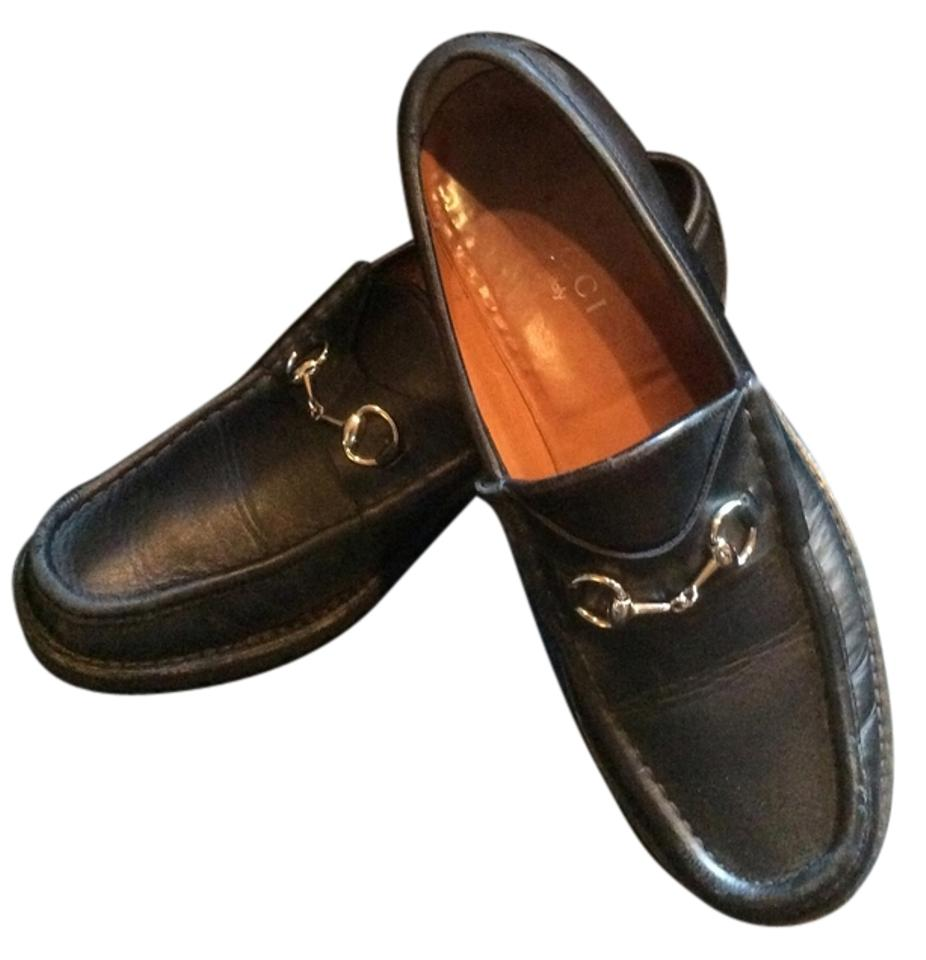 b07a6b1ea63 Gucci Black Horsebit Classic Leather Lug Sole with Silver Moccasin Loafers  Flats