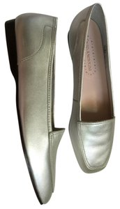 Enzo Angiolini Never Worn Wonderful Shoe SILVER Flats